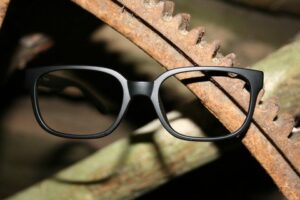 Can High Index Lenses be Safety Glasses?