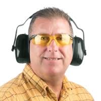 What Prescription Safety Glasses to Wear with Ear Muffs